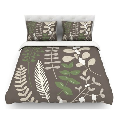 Deck the Hollies Featherweight Duvet Cover Color: Brown/Green, Size: Queen, Fabric: Lightweight Polyester