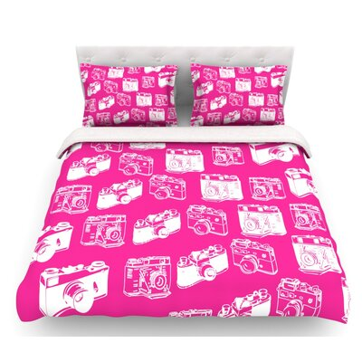 Camera  Featherweight Duvet Cover Size: Twin, Color: Magenta
