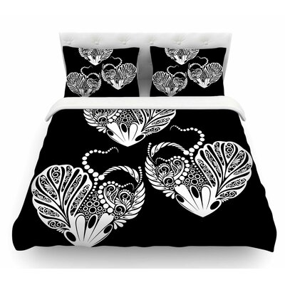Three Hearts by Maria Bazarova Featherweight Duvet Cover Size: Queen