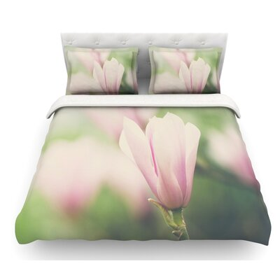 A Magnolia by Laura Evans Featherweight Duvet Cover Size: Twin