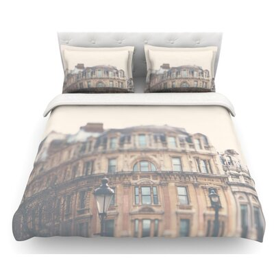 London Town by Laura Evans Featherweight Duvet Cover Size: Queen