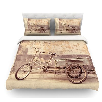 The Bicycle by Jillian Audrey Photography Featherweight Duvet Cover Size: King