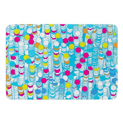 Color Hiving by Frederic Levy-Hadida Bath Mat Size: 17W x 24L