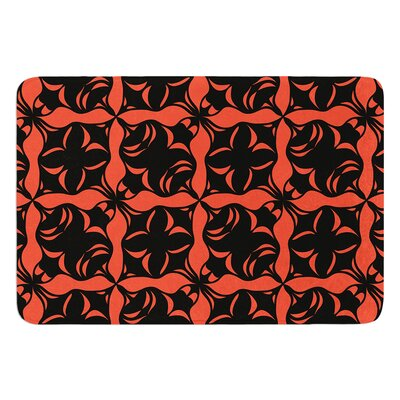 Oval Love by Miranda Mol Bath Mat
