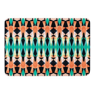 Triangle Visions by Akwaflorell Bath Mat Size: 17