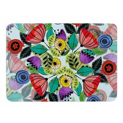 Fresh Spring Flowers by Famenxt Memory Foam Bath Mat Size: 24 L x 17 W