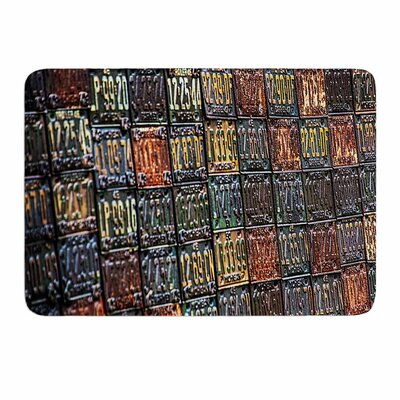 Rusted License Plates by Ginkelmier Memory Foam Bath Mat Size: 36 L x 24 W