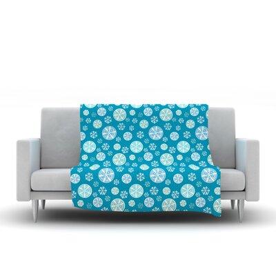 Snowflake Fleece Throw Blanket Size: 40 L x 30 W, Color: Sky