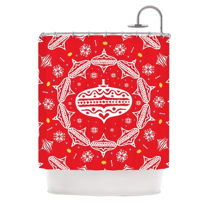 Wreath�Shower Curtain Color: Red