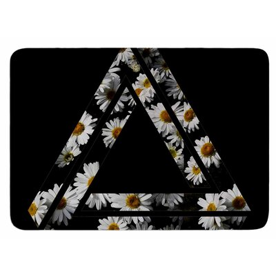 Impossible Daisy Chain by Alias Bath Mat