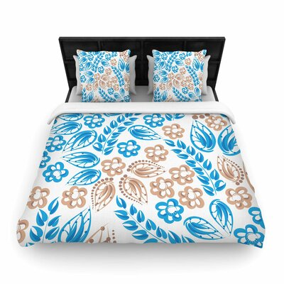 Blue White Flowers Woven Duvet Cover Size: Queen