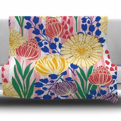Pretty Bouquet by Amy Reber Fleece Throw Blanket Size: 80 L x 60 W