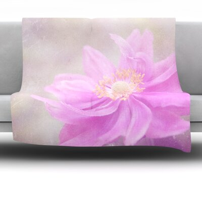 Flower Fleece Throw Blanket Size: 40 L x 30 W