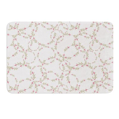 Evergreen Wreaths by Emma Frances Bath Mat Size: 17W x 24L