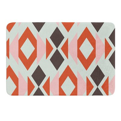 Triangle Weave by Pellerina Design Bath Mat Size: 17W x 24L