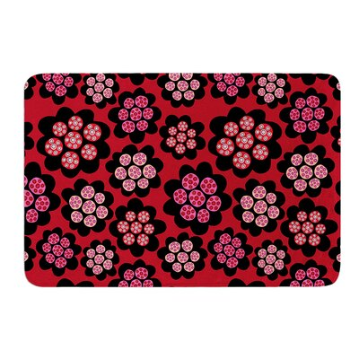 Garden Pods Repeat by Jane Smith Bath Mat Size: 17 W x 24 L