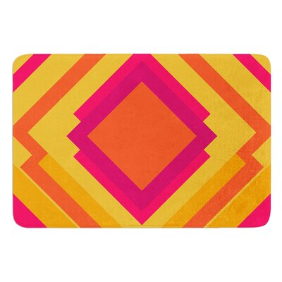 Diamond Dayze by Belinda Gillies Bath Mat Size: 24 W x 36 L