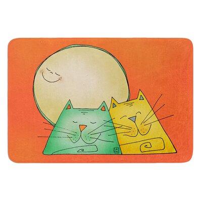 2 Gatos Romance by Carina Povarchik Bath Mat Size: 17W x 24 L