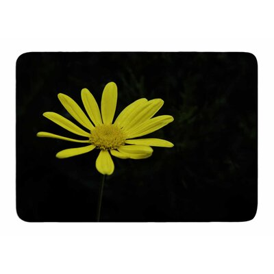 Pedal Daisy by Nick Nareshni Memory Foam Bath Mat