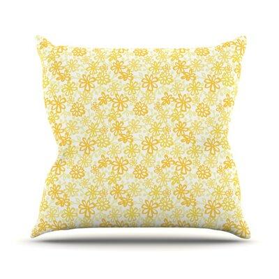 Daisy Outdoor Throw Pillow