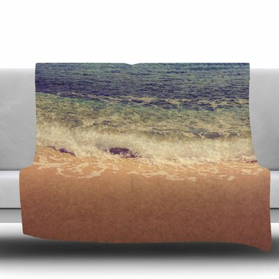 Crashing Waves Fleece Throw Blanket Size: 40 L x 30 W