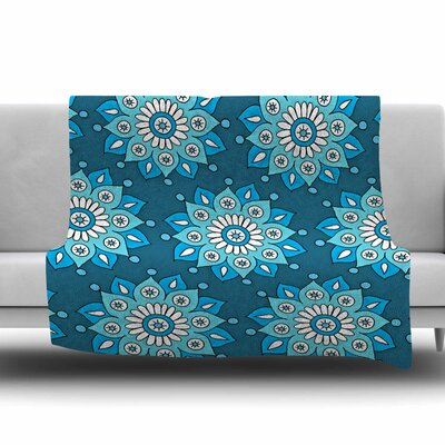 Flower Burst by Sarah Oelerich Fleece Blanket Size: 80 L x 60 W