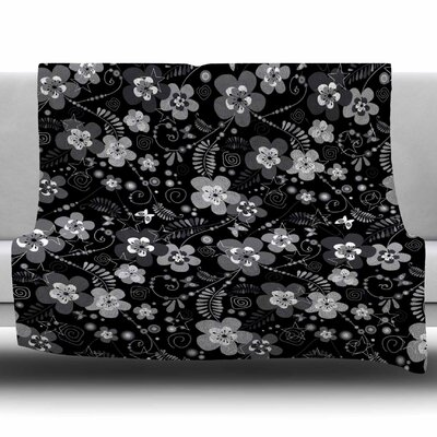 Diasy Daisy by Suzanne Carter Fleece Blanket Size: 80 L x 60 W