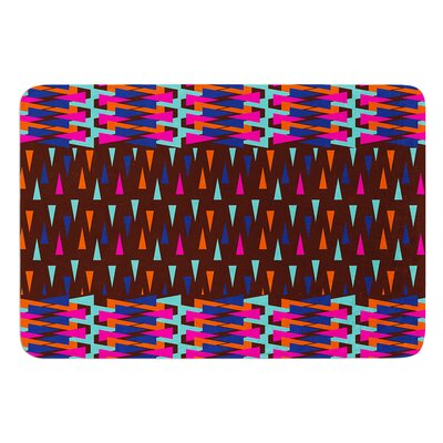 Abstract Triangle Pattern by Famenxt Bath Mat Size: 17W x 24L
