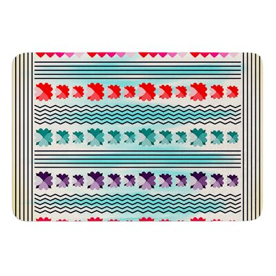 Love Pattern by Famenxt Bath Mat Size: 17W x 24L