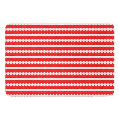 Feeling Festive by Heidi Jennings Bath Mat Size: 17W x 24L