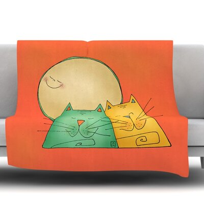 2 Gatos Romance by Carina Povarchik Fleece Throw Blanket Size: 60 L x 50 W