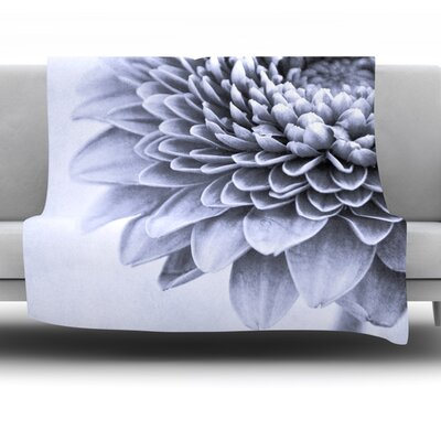 A Flower Fleece Throw Blanket Size: 60 L x 50 W