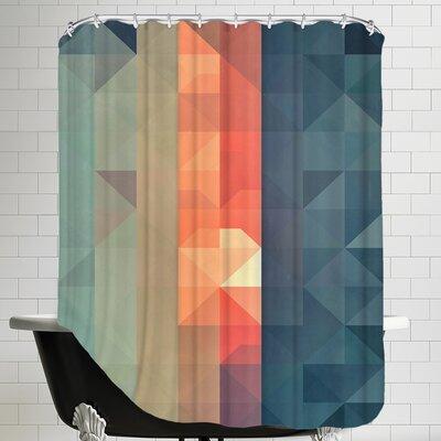 Dywnyng Ynww Shower Curtain
