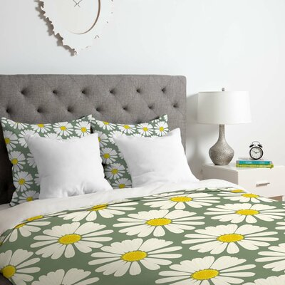Chamomile Pattern Duvet Cover Set Size: King