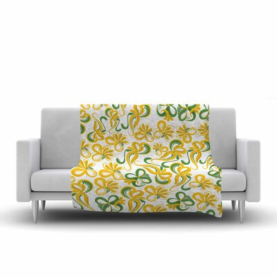 Flowers Fleece Throw Blanket Size: 90 L x 90 W, Color: Green/Yellow