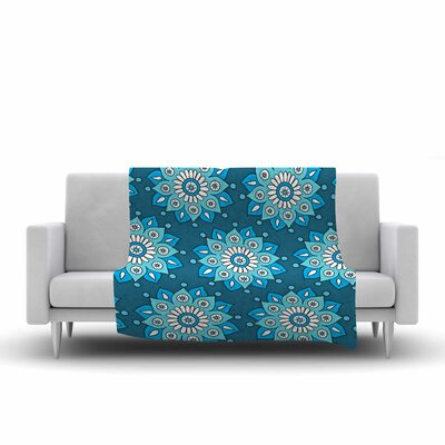 Flower Burst by Sarah Oelerich Fleece Blanket Color: Blue