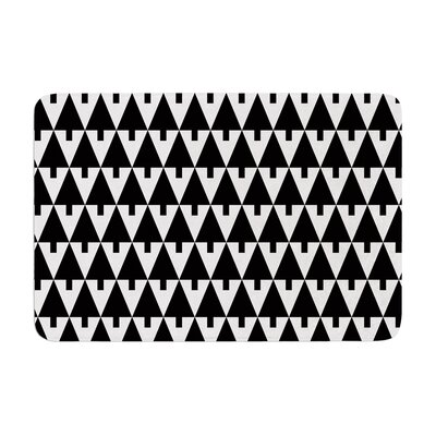 Happy X-Mas by Gabriela Fuente Bath Mat Color: Black/White, Size: 17