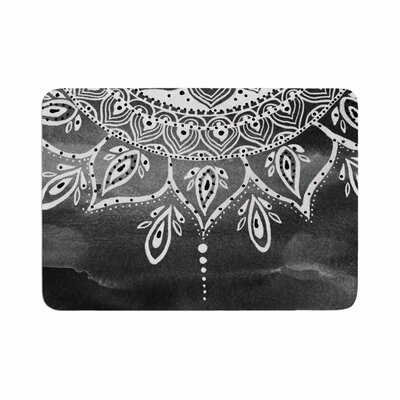 Mandala by Li Zamperini Memory Foam Bath Mat Color: Black/White