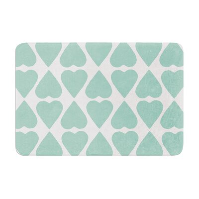 Diamond Hearts by Project M Bath Mat Color: Mint