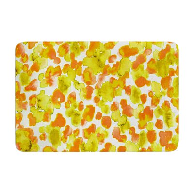 Giraffe Spots by Ebi Emporium Bath Mat Color: Orange, Size: 17W x 24L