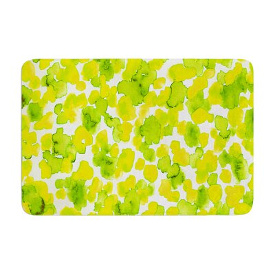 Giraffe Spots by Ebi Emporium Bath Mat Color: Lemon Lime, Size: 24 W x 36 L