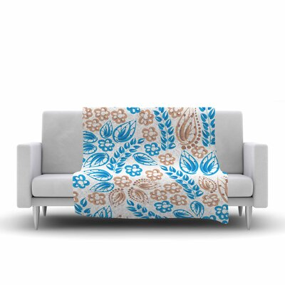 Flowers Fleece Throw Blanket Size: 90 L x 90 W, Color: Blue/White