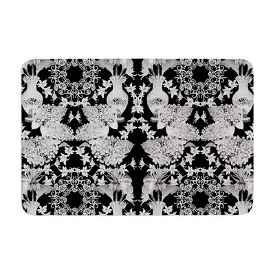 Versailles by DLKG Design Bath Mat Color: Black, Size: 17W x 24L