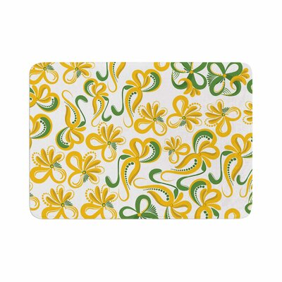 Flowers by Maria Bazarova Memory Foam Bath Mat Size: 24 L x 17 W, Color: Green