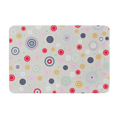Circle Circle II by Suzanne Carter Bath Mat Color: Gray
