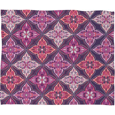 Provencal Lavender 5 Throw Blanket Size: Large