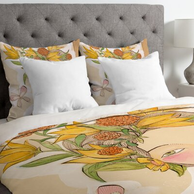 Lightweight Beauty on the Inside Duvet Cover Size: Queen