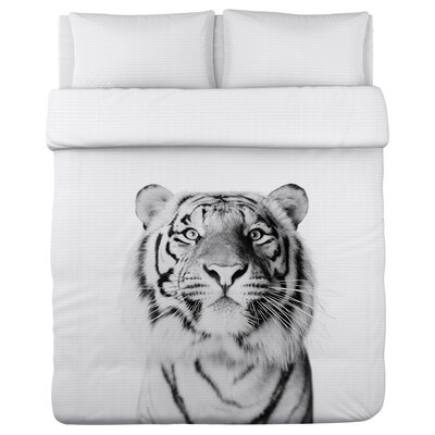 Ours Tiger - Lightweight Duvet Cover Size: Full/Queen