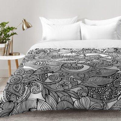 Comforter Set Size: Full/Queen