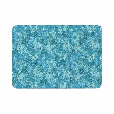 Carolyn Greifeld Painterly Abstract Memory Foam Bath Rug Size: 0.5 H x 24 W x 36 D, Color: Blue/White